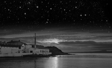 Bowmore �Magic Happens on the �Darkest� Nights�