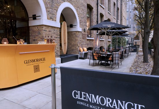 Glenmorangie Festive Pop Up At The Devonshire Club London